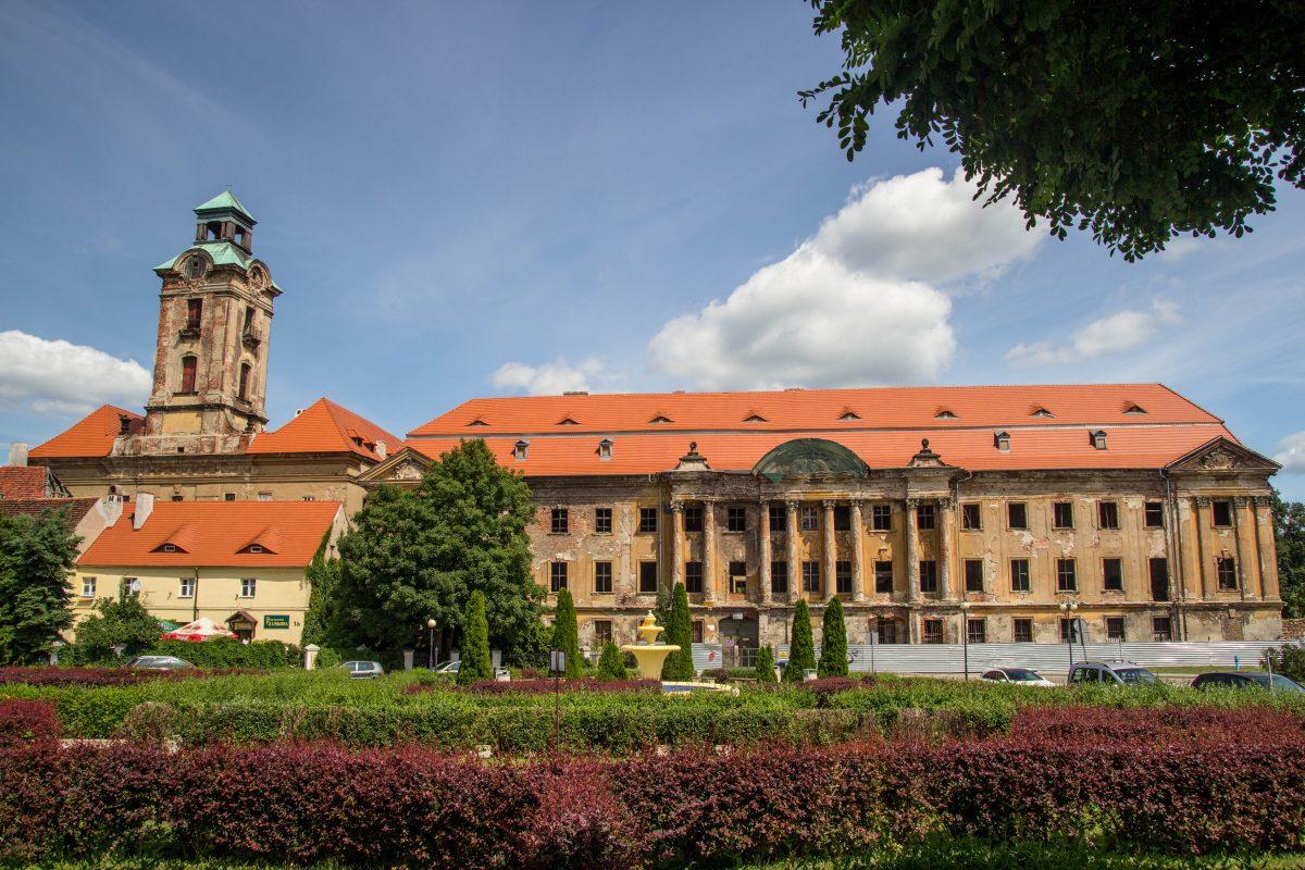 kompleks-zamkowo-pałacowy-żary-promnitz